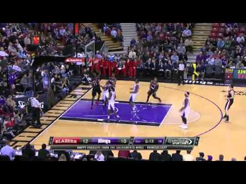 Lillard to Hickson Alley Oop Dunk against Kings