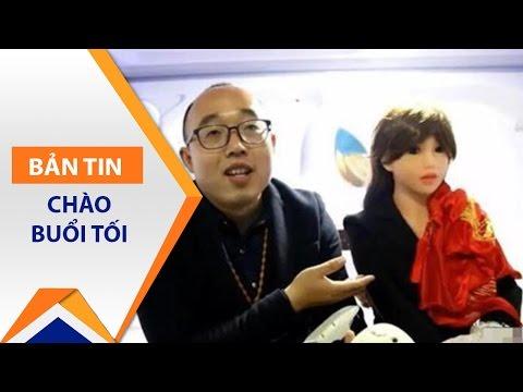 Trung Quốc: Trai đẹp kết hôn với Robot nữ | VTC - Thời lượng: 85 giây.
