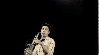 Surat Cinta Untuk Starla -Virgoun  -saxophone Cover by Desmond Amos