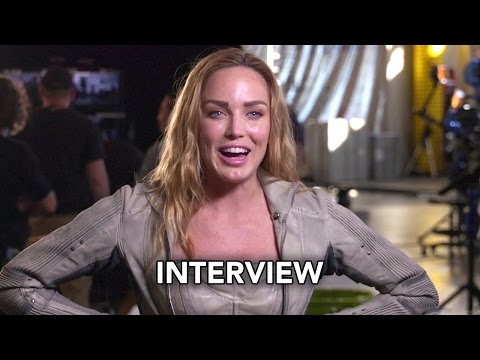 "Arrow 5x08 Cast Interviews ""Invasion!"" (HD) Crossover Event & 100th Episode"
