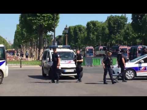 News Update Paris cordon off Champs Elysees after car hits police van 19/06/17