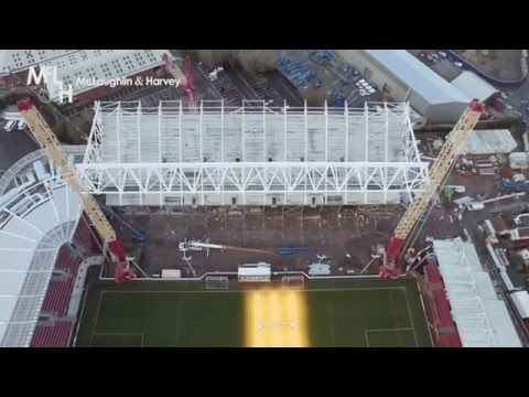 Ashton Gate's 220-tonne roof truss lifted in