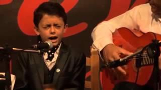 Niño genio 'borda el cante' con canción de Camarón…