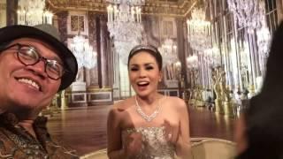 Video Momo Geisha Menyanyikan Lagu Spesial Untuk Reza di Resepsi Pernikahannya / MKVLOG MP3, 3GP, MP4, WEBM, AVI, FLV Agustus 2017