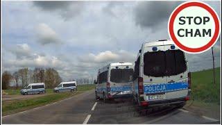 Wypadek policyjnych radiowozów na DK15