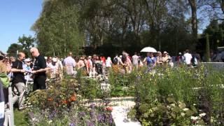 #704 Chelsea Flower Show 2012 - Details zum Blue Water Garden