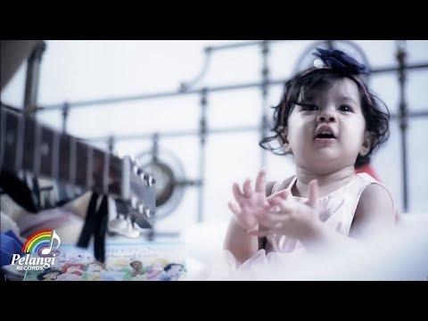TRIAD - Neng Neng Nong Neng (Ku Ingin Terus Lama Pacaran Disini) | (Official Music Video)