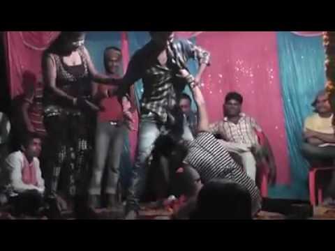 Video सेक्सी गाना सेक्सी डांस आर्केस्ट्रा download in MP3, 3GP, MP4, WEBM, AVI, FLV January 2017