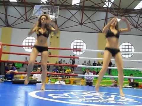girls fight k1
