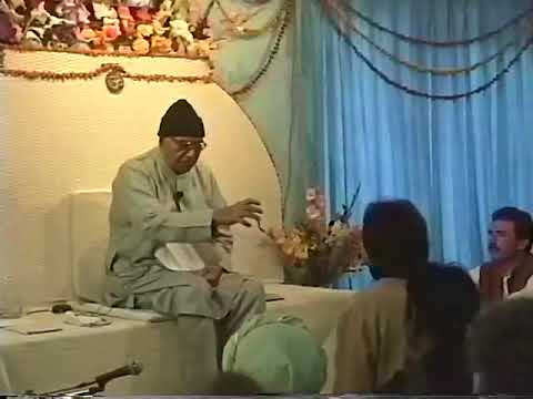 Papaji Video: Truth and Emptiness Can NOT Be Experienced by the Mind