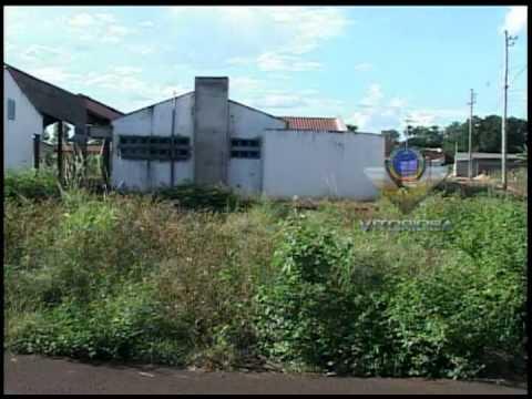 Construção de escola pública está parada em Indianópolis