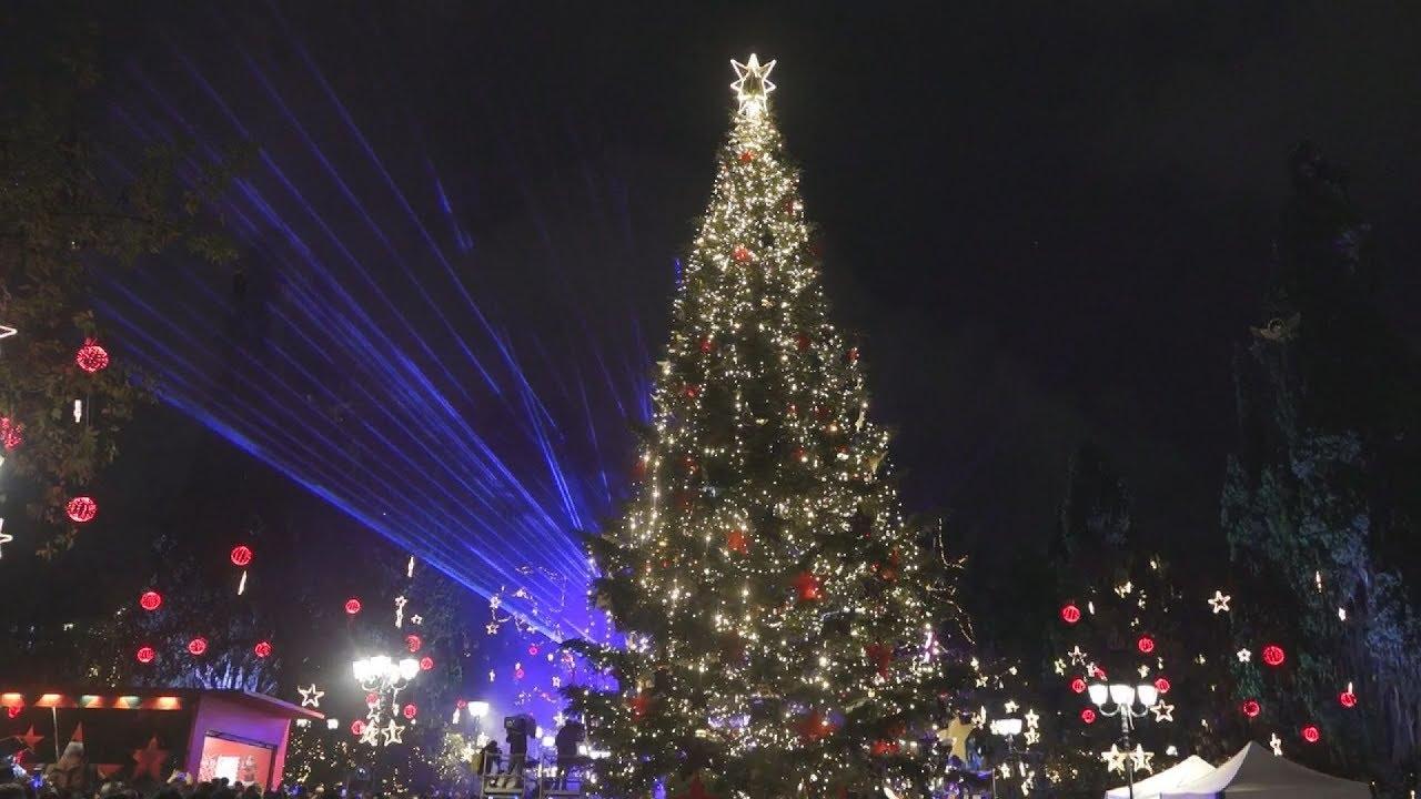 Φωταγώγηση του δέντρου Χριστουγέννων στο Σύνταγμα