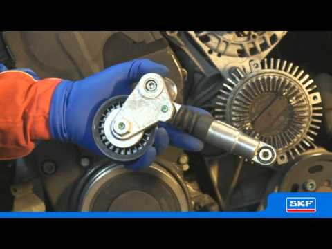 SKF Kit tendicinghia Multi-V con ruota libera alternatore (OAP) VKMAF 31020-1