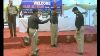 Pakistani Police Stupid Salutations.mp4 full download video download mp3 download music download