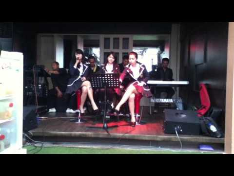 Carel's Acoustic & Band @Maumu Hotel Surabaya