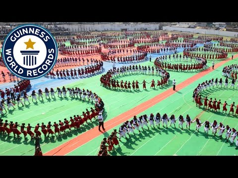 Video Largest Karma Naach dance - Guinness World Records download in MP3, 3GP, MP4, WEBM, AVI, FLV January 2017