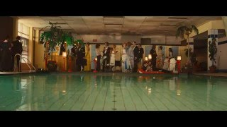 High Rise Clip - Pool Party