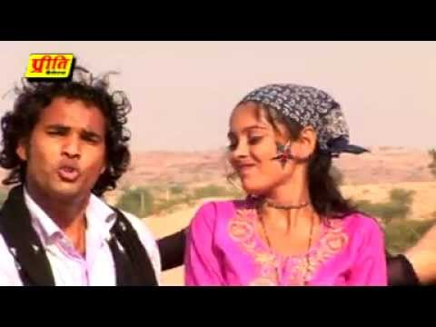 Video Ghumar Pali Me Ghal-Rajasthani Hot Romantic Video New Song Of 2012 From Album Dil Le Gyi Chori download in MP3, 3GP, MP4, WEBM, AVI, FLV January 2017