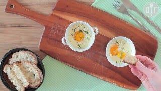Jajka zapiekane z wędzonym łososiem