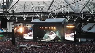 Foo Fighters - Band Intros medley (London 22-June-2018)