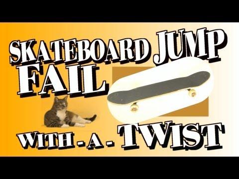 主人跳滑板失敗 一旁喵星人竟做出驚人舉動 有練過的啊!!!