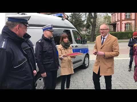Wideo1: Nowy radiowóz leszczyńskiej drogówki
