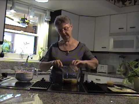 Joans - How to make Joan's Meal Replacement Bars for quick weight loss http://www.joanbars.com http://www.saturdaydiet.com Joan Loganeski explains and demonstrates h...