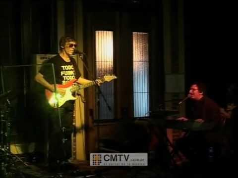 Luis Alberto Spinetta video Rezo por vos - Moliere San Telmo (2009 con Charly)