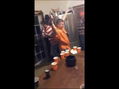 Freestyle Beer Pong Table Fail – Funny!
