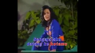 Download lagu Malam Syahdu Tetty Kadi Mp3