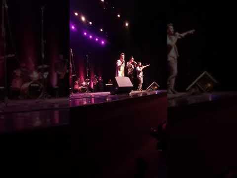 Amigos do HC, teatro Guairinha, Willian e Renan e Cover Elvis