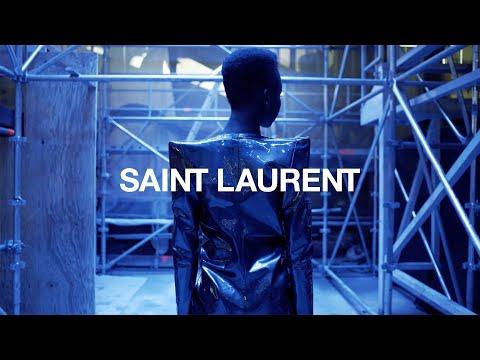 Saint Laurent | Winter 17 Show