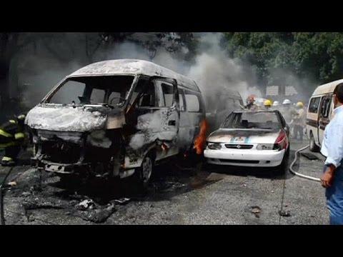 Μεξικό: Αιματηρές συγκρούσεις αυτοκινητιστών ταξί