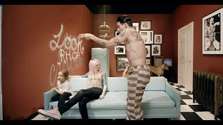 Red Hot Chili Peppers - Look Around [Official Music Video]