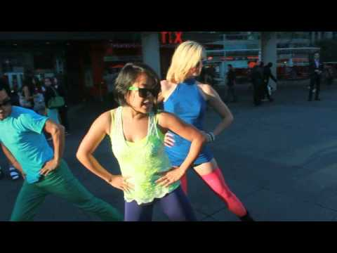 Клубные танцы: суперхит Gangnam Style. Видео обучение.