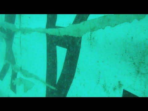 AirAsia uçağının kuyruk kısmı bulundu
