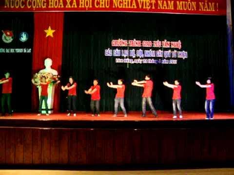 Nhay Dan Vu - CLB Ky Nang DH Yersin Dalat - Mua Goi.MPG
