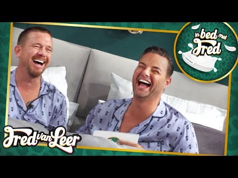 Johnny de Mol - In Bed Met Fred | FRED VAN LEER (видео)