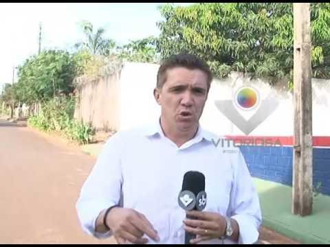 Como está a obra da quadra poliesportiva de Miraporanga?
