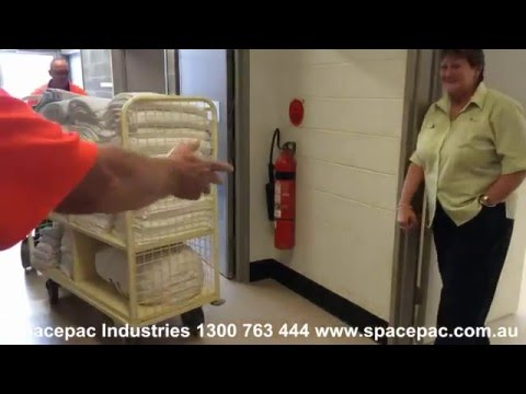 Spacepac XL H400 C/W Electric Hook Towing Linen Trolley