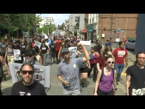 Counter-protesters outnumber white nationalists at Washington, D.C., rally