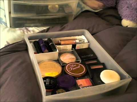 Downsizing Your Makeup Collection for College