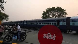 Kashipur India  city photo : Moradabad - Kashipur - Haldwani Passenger Train