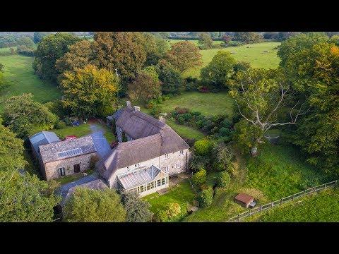 PROPERTY FOR SALE | Mill Farm, Manaton - Bradleys Estate Agents