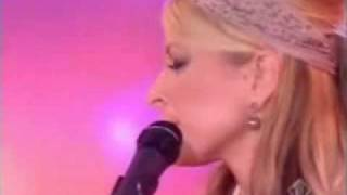 Anastacia - Sick And Tired - Live.wmv