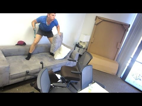 office - Yesterdays Vlog - http://youtu.be/WUU_SboOgsQ Magicians Youtube - https://www.youtube.com/user/CalenMorelli Twitter - http://www.twitter.com/RomanAtwood Smil...