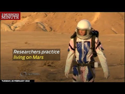 Researchers practice living on Mars