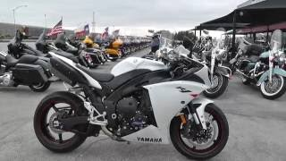 10. 008038 - 2010 Yamaha YZF R1 - Used motorcycles for sale