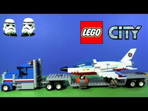 """Конструктор LEGO City 60079 """"Транспортёр для учебных самолётов"""""""