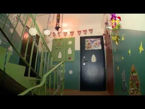 Жители Чебоксар оформляют свои подъезды к Новому году
